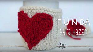 cubretazas de corazón teido